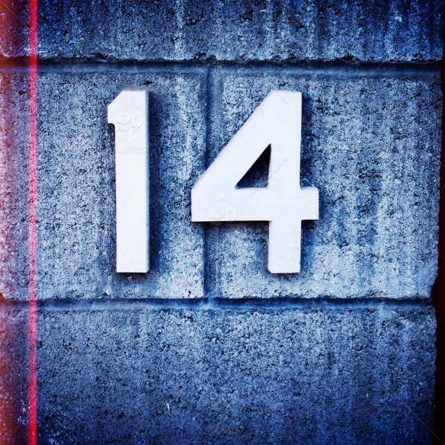 stock-photo-number-silver-grey-numerals-typography-fourteen-14-b111d1a7-e85a-410c-bee1-4b26f222ff68 - kópia